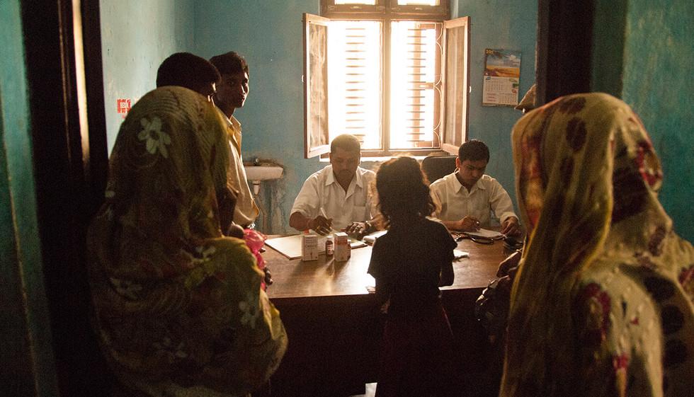 medicines-in-rural-nepal-research1.jpg