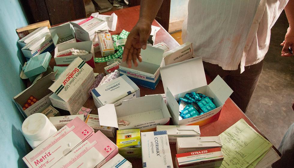 medicines-in-rural-nepal-research2.jpg