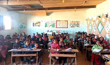 refugee_school.png