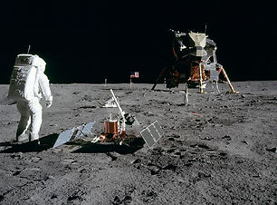 1080px-Aldrin_Looks_Back_at_Tranquility_