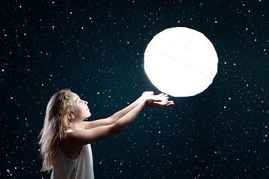 moon-3144648.jpg