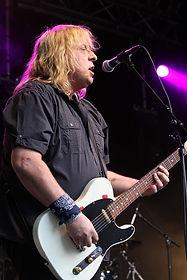 Mark Hough - Rhythm guitar/vocals