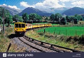 train-jaune3