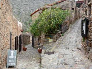 Castelnou : charmant village médiéval