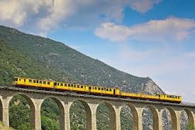 train-jaune4
