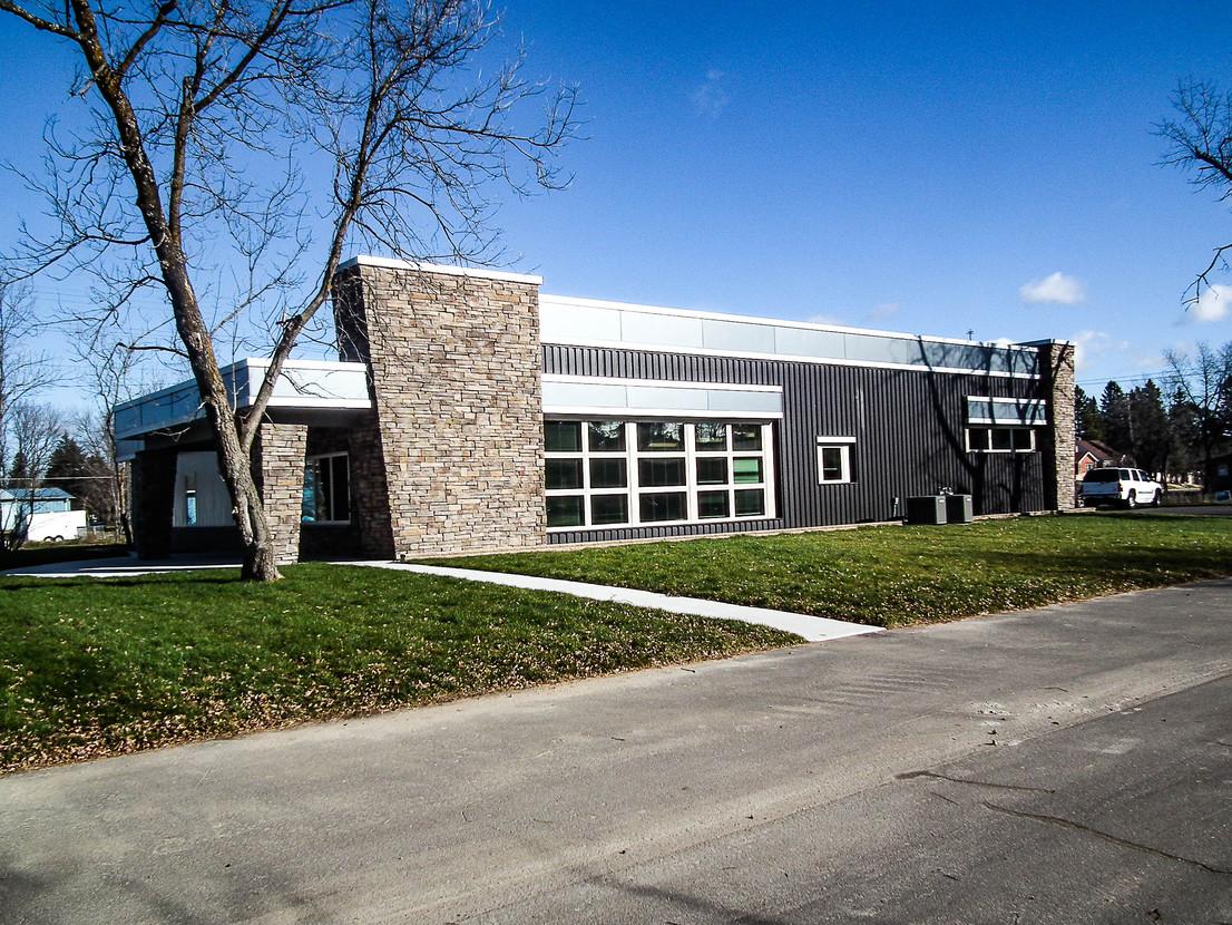 Range Center Legacy Front Exterior