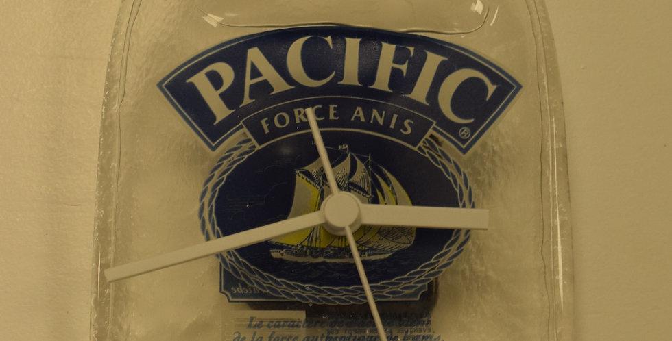 Ricard Pacific Horloge