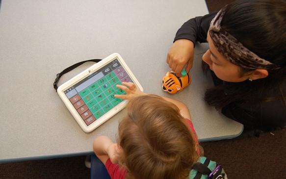 Tablet com sistema de comunicação por símbolos