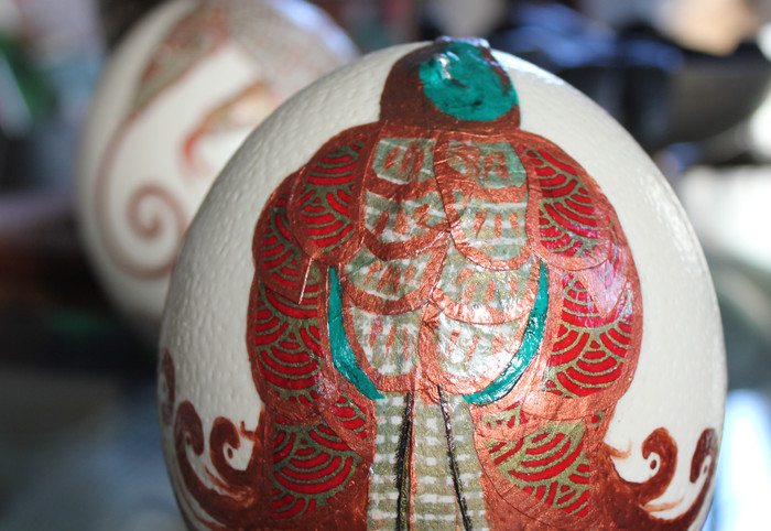 Bird of paradise decoupaged ostrich egg