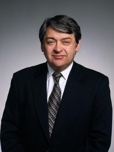Recipient of 2013 Warren Bennis Award