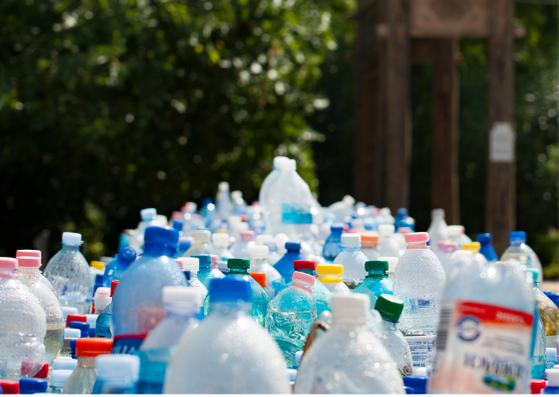 Recyclage bouteille en plastique