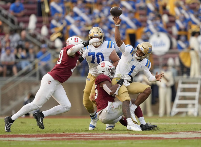 Notes of Note: Stanford-UCLA; Trojans Fading; Bears Down; Dykes Rising; Belt Belting; 49ers-Packers
