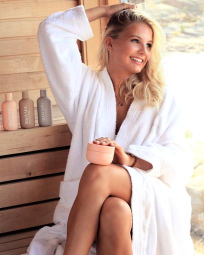 Photo: Emelie Eriksson  Hair & Makeup: Emelie Eriksson  Model: Siri Berglund