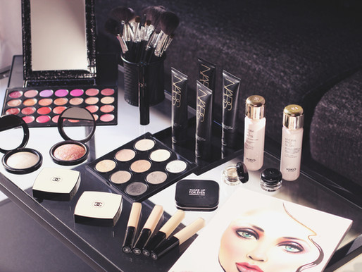 Makeup and hairstyling courses