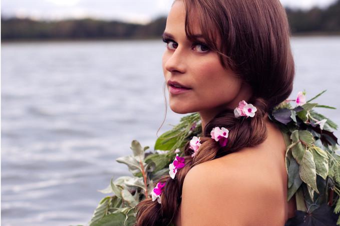 Hair and makeup: Emelie Eriksson  Photography: Emelie Eriksson  Flowerdress: Lukas Aaltonen  Model: Emily Knight