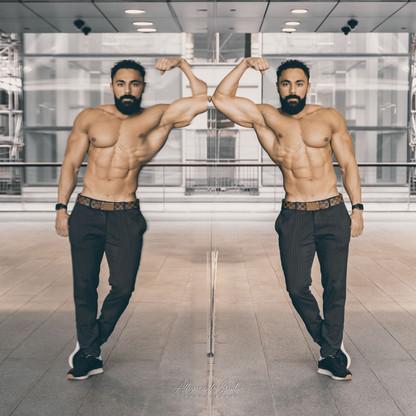 Bodybuilder in Canary Wharf