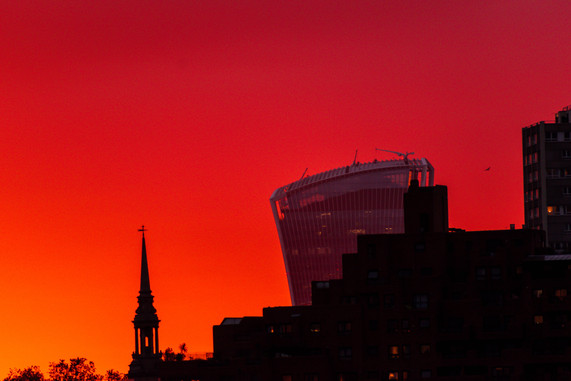 Magnific sunset in London