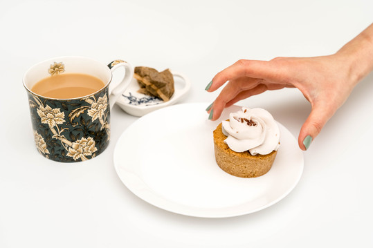 Keto & Vegan Cupcake with tea