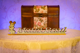Oak chest gift box