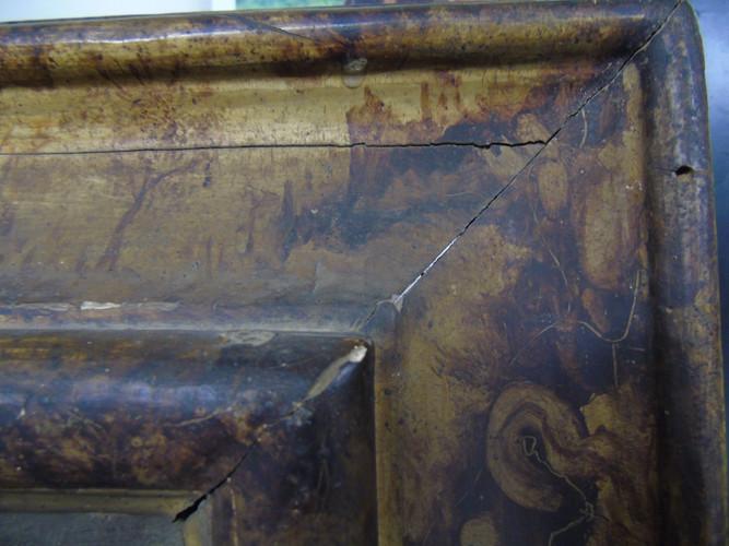 Cornice lignea laccata e dipinta, secolo XVII, Marche (Italia)