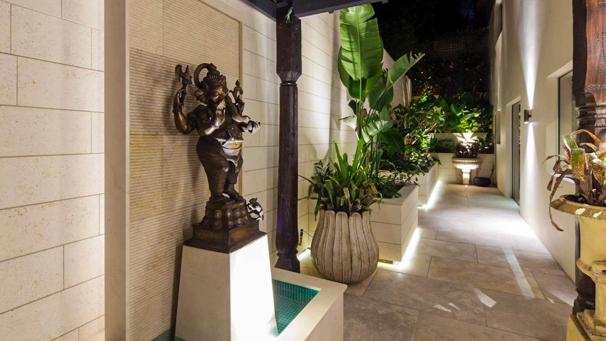 Claire Rendall Exterior Design lighting