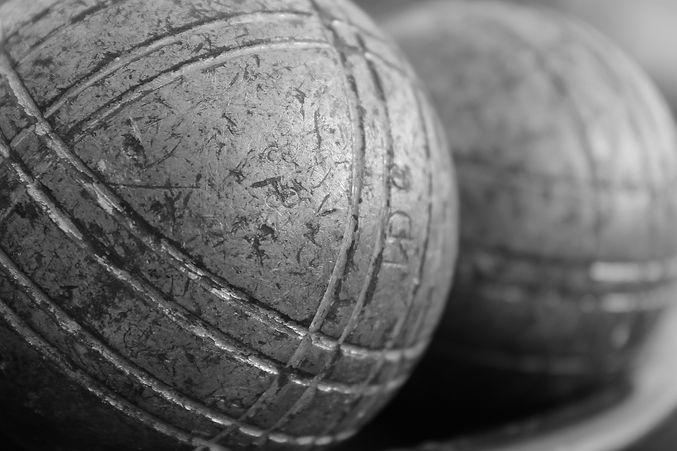 bowling-1535107_1920.jpg