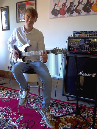 Guitar lessons Dorking Surrey Tutor