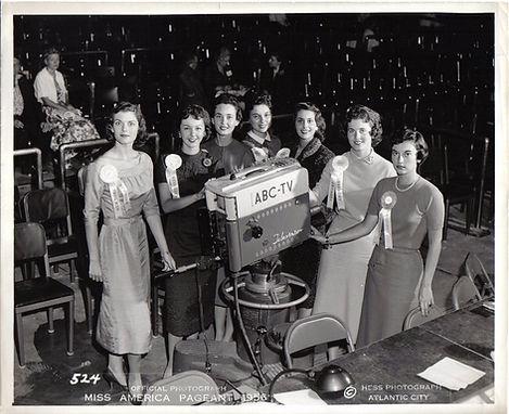 1956-2-1.jpg