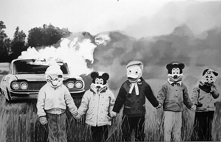 vintage-halloween-costumes-car-burning.j