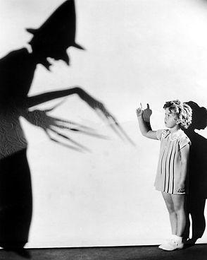 temple-halloween-1934_opt.jpg