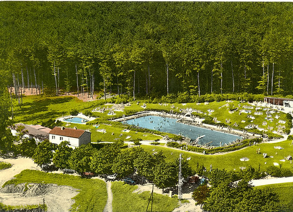 1960 Schwimmbad 1.jpg