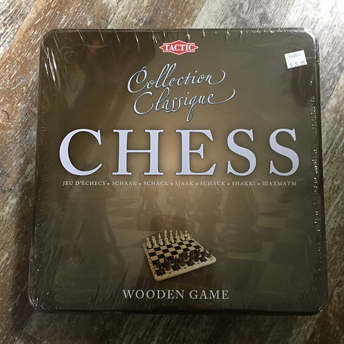 Wooden Chess Set in Tin