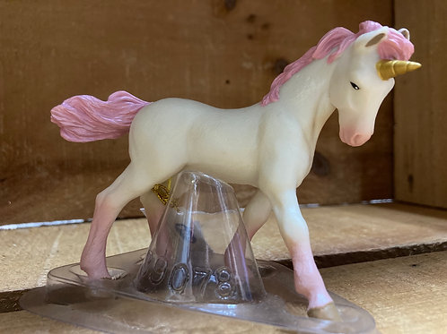 "4.5"" x 3"" Plastic Unicorn Toy"