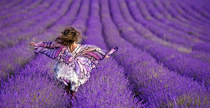 beautiful-girl-lavender-field-girl-with-