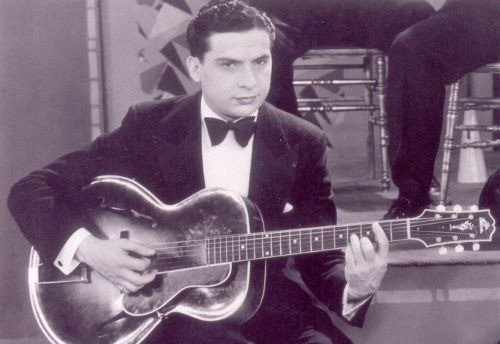 JAZZ GUITAR IN & AROUND THE 1920'S
