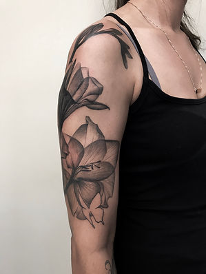 x-ray flowers tattoo