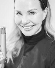 Kari Anne Eik kosmetisk sykepleier botox filler plasmage Restylane