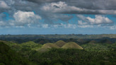 What is there to see in Bohol, Philippines? Chocolate Hills & Philippine Tarsier