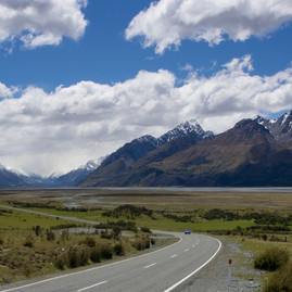 Hiking/Tramping to Tasman Glacier Viewpoint – Aoraki/Mount Cook National Park, New Zealand