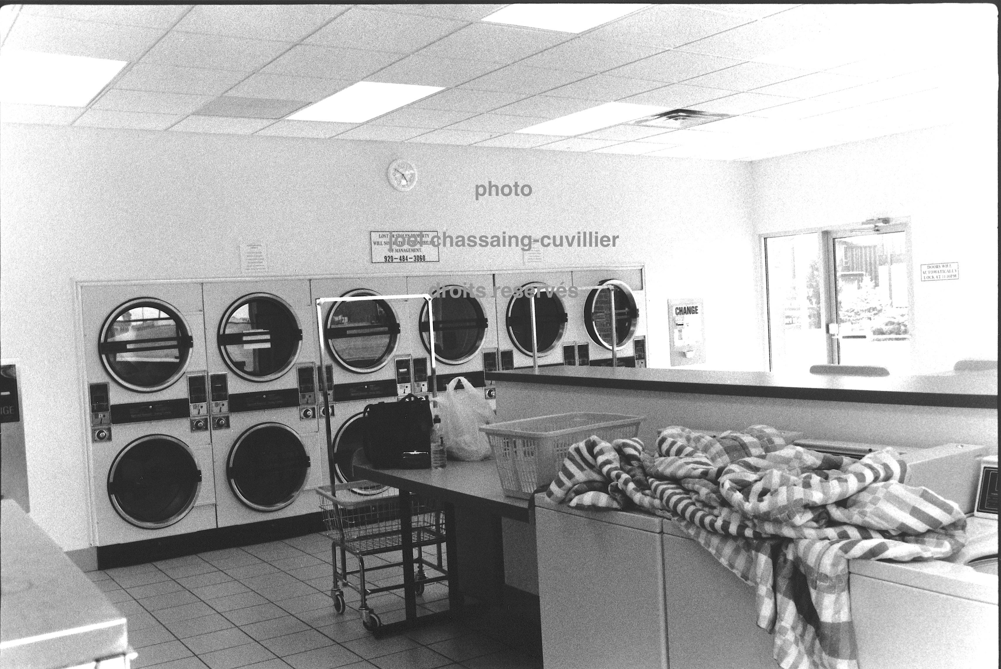 Minnesotta, Owanonna, laundry