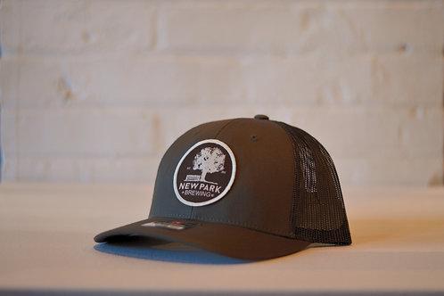 Structured Trucker Hat - dark brown