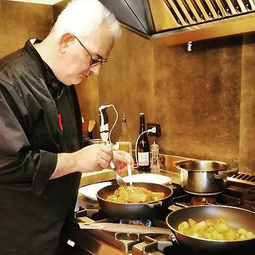 giacomo 2 in cucina.jpg
