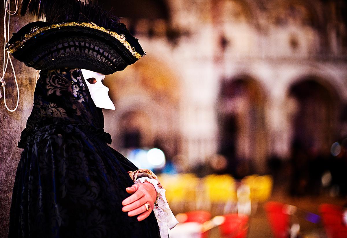 laure jacquemin venise carnaval photographe (23).jpg