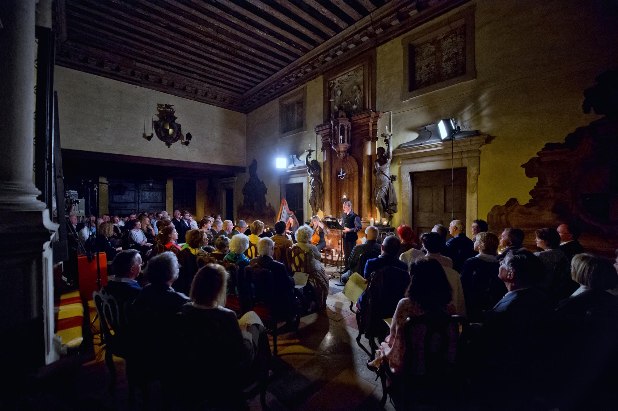 venice concert Monteverdi Vivaldi 2014 - Scuola Grande di San Rocco - laure jacquemin (13)