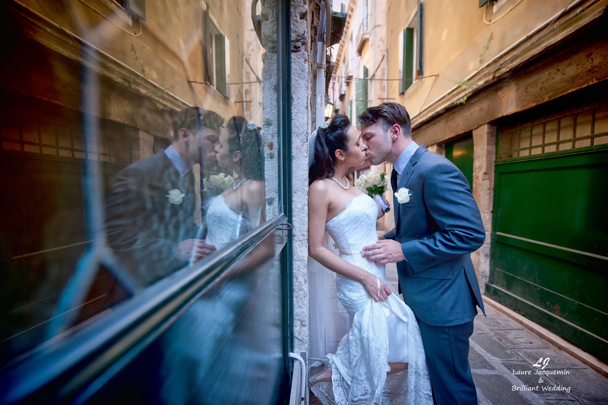 Venice Simbolic Wedding gondola venice Italy laure jacquemin photography (16) copia