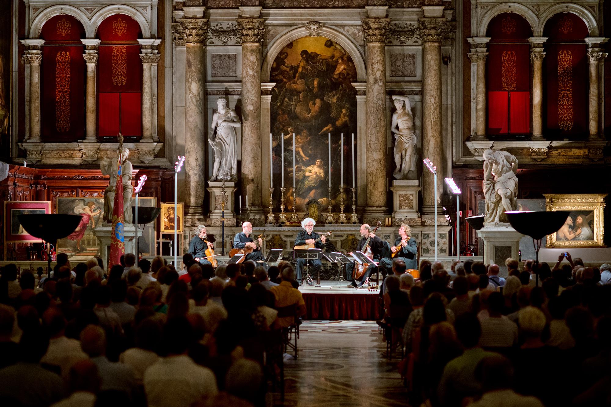 venice concert Monteverdi Vivaldi 2014 - Scuola Grande di San Rocco - laure jacquemin (12)