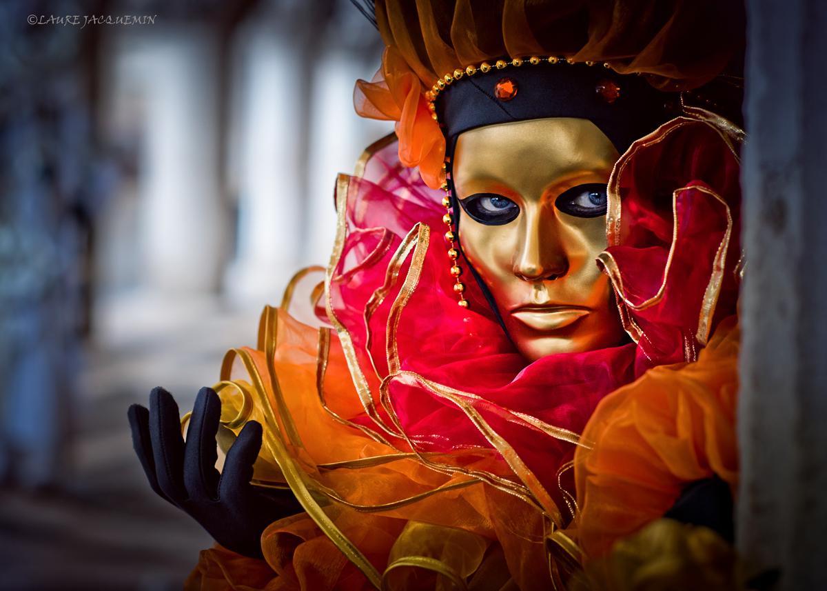laure jacquemin venise carnaval photographe (48).jpg