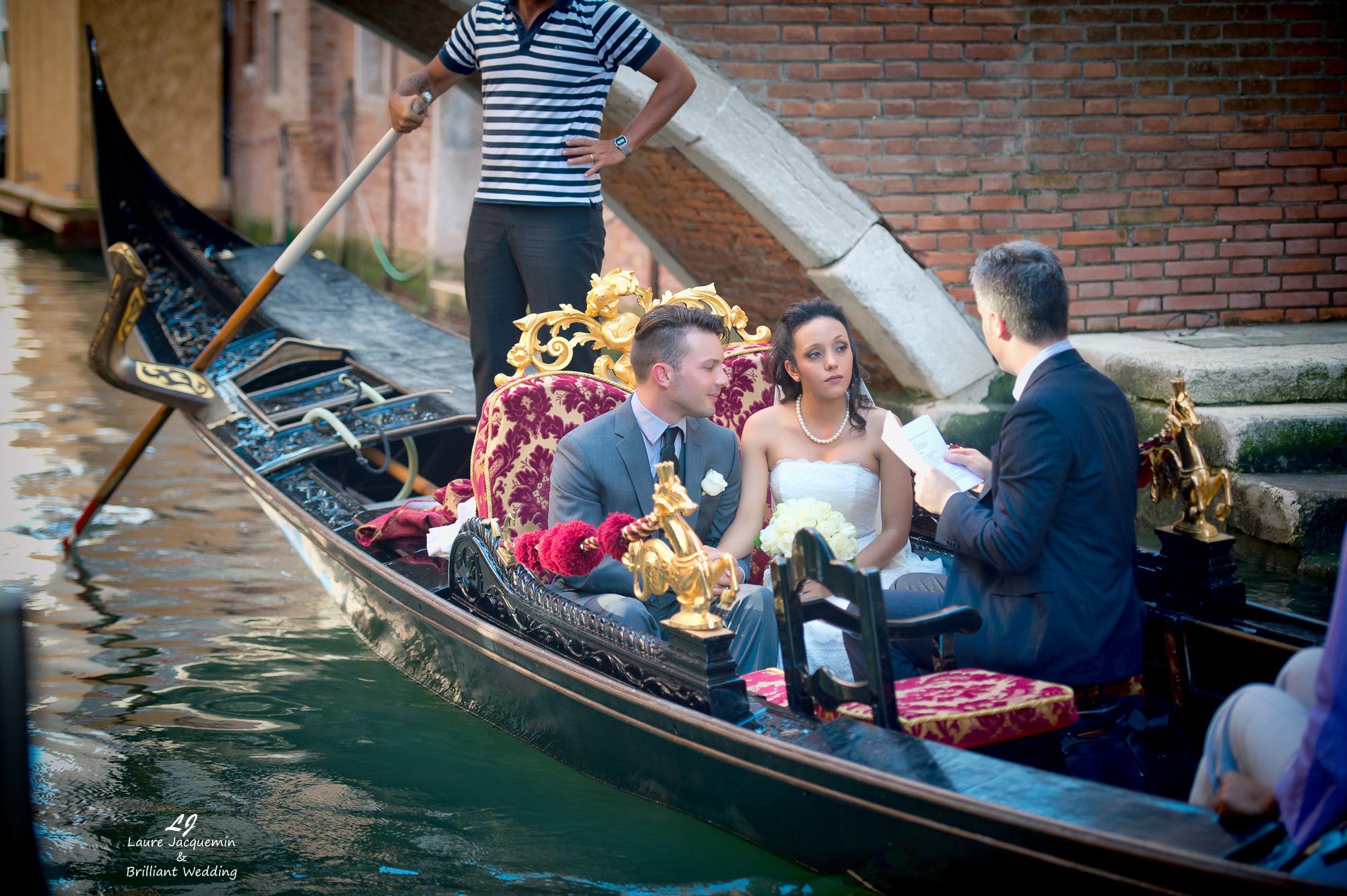 Venice Simbolic Wedding gondola venice Italy laure jacquemin photography (26) copia