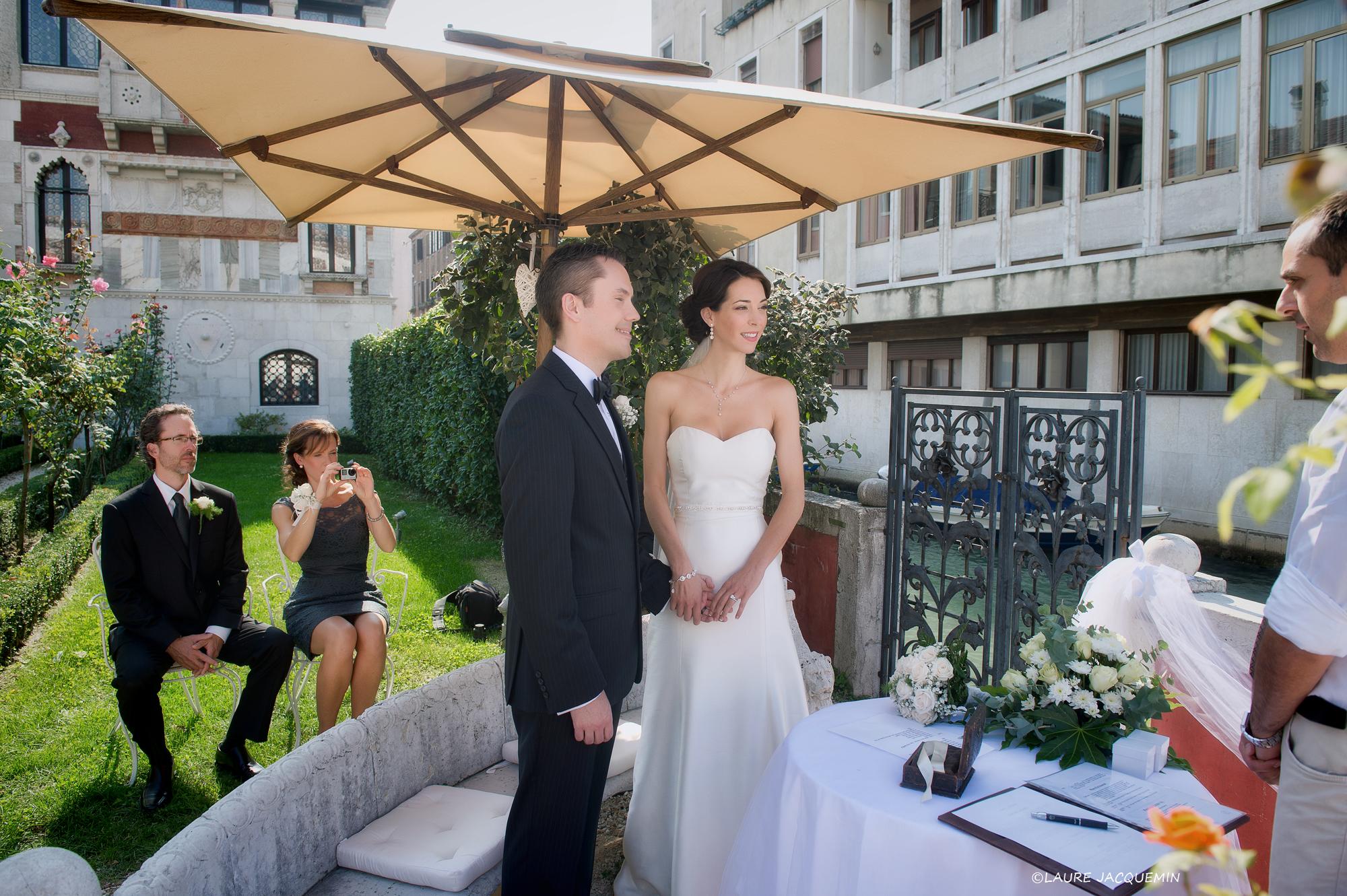 venise mariage photographe laure Jacquemin simbolique jardin venitien gondole (75)