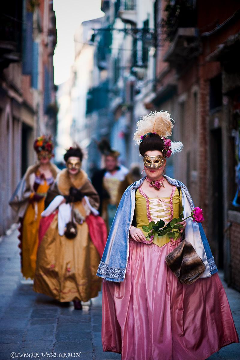 laure jacquemin venise carnaval photographe (27).jpg